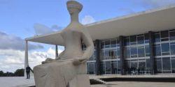 PSB pede ao Supremo fim de punições a professores por críticas a Bolsonaro